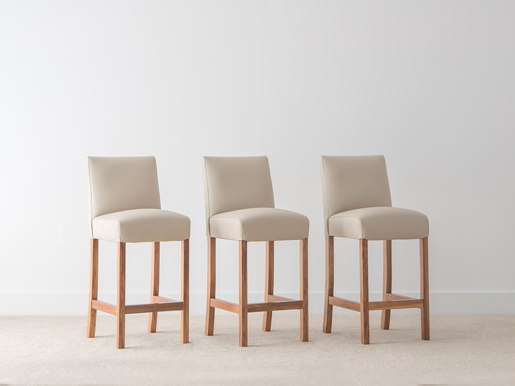 Picture of: Dining Furniture Adelaide Dining Table And Chairs Locally Made