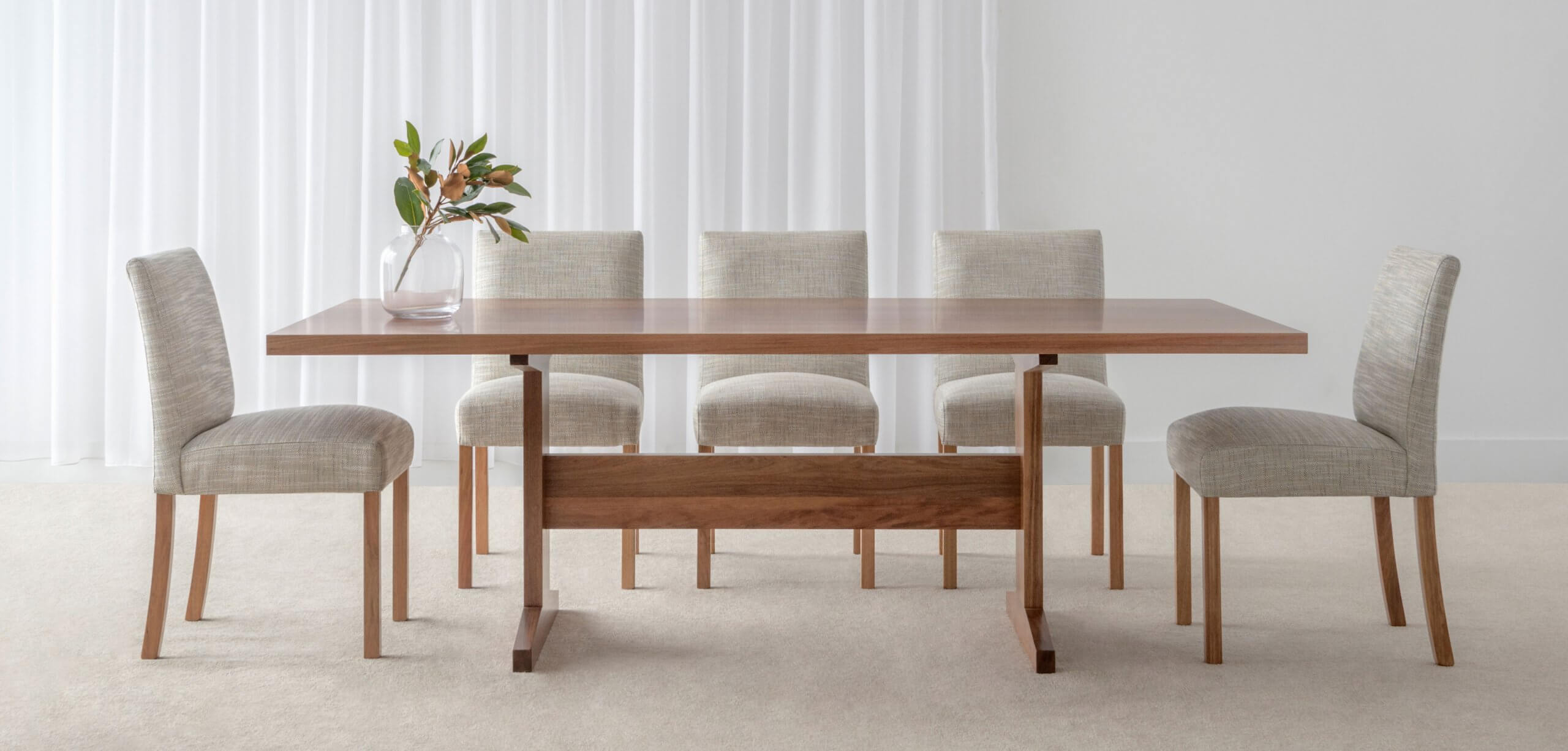 dining table and dining chair suite